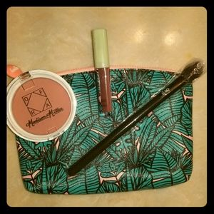 🔥2 for $15🔥4pc. Makeup trio with bag